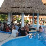 Swim up bar - the place to hang!