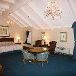 Bay Valley Room