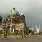 Berlin Cathedral and TV Tower (1227754)