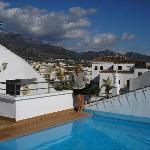 Rooftop pool 1