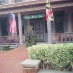 State House Inn Photo