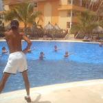 Aerobics en la piscina de Club Premier