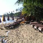 the beach, looking up Boh Phut beach