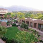 La Posada's courtyard, pool & spa