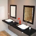 Bathrooms with Zenitude!