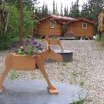 Moose planter with flowers