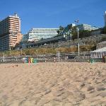 View from the beach (to the left of the hotel: ruins of Estoril Sol)