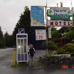 Pacific Breeze Motel