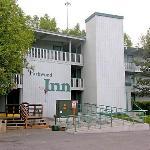 Parkwood Inn entry