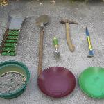 The necessary tools to find your gold!