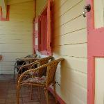 Mongoose #5 porch