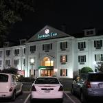 Baymont Inn and Suites Jacksonville/at Butler Blvd. Photo