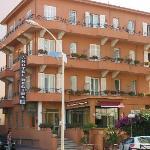 雷吉納酒店