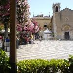 Taormina main piazza