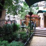 梅格羅森奈特飯店