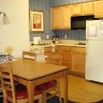 Residence Inn - Kitchen
