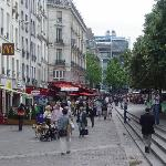 Les Halles on Sunday noon (Beaubourg visible in the background)