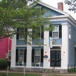 Amelia Payson House - exterior
