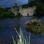loch an eileen - ruins at dusk