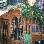The outside of Ye Olde Mitre