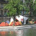 Tent City, Canal St. Martin