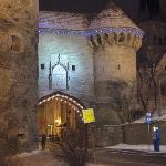 Three Sisters flags visible through Fat Margaret's Tower & the medieval city walls