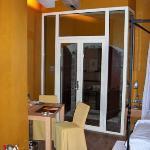 Room 11 - to balcony
