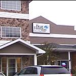 Camcorder image of the outside of the hotel looking at the adjacent Bearfoot Bay Park