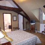 Traditional room- bedroom