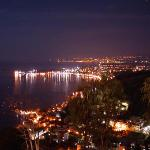 Bay or Taormina by night (pic by English Mick)