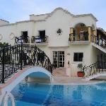 Pool - Secrets Capri Riviera Cancun Photo