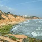 beach 10 minute walk - 2 minute drive