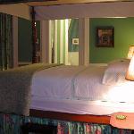 Delices De La Nuit Suite Bedroom