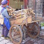 woman delivery wood the traditional way