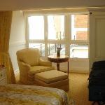 Duplex Upstairs Bedroom/Sitting Room