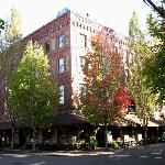McMenamins Hotel Oregon Photo