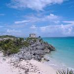 The ruins and beach at Tulum