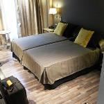 Hotel Jazz, Room 717