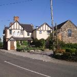 The Rose and Crown, Mayfield