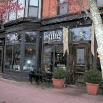 Foto de Edibles Restaurant