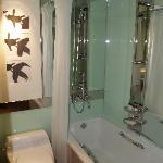 Business level bathroom - very contemporary