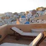 View from Endless Blue balcony - western Oia
