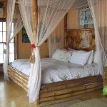 plantation suite bed