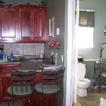 Mayflower Suite Kitchen/bathroom