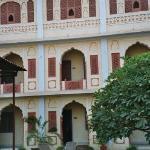 Hotel Chirmi Palace, Garden