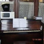 Piano in pub