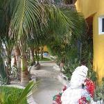 Front entrance to Villa Las Brisas