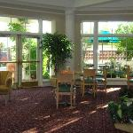 La Quinta Inn & Suites by Wyndham Salt Lake City Airport Photo