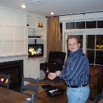 My freind ted, check out the fireplace and flat screen
