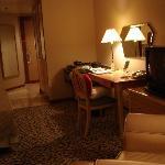 Interior - New World Makati Hotel Photo